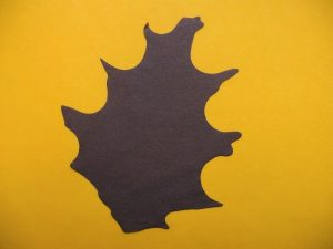 Oak leaf flame retardant A4 4102 B1